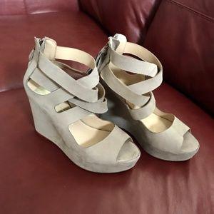 Platform wedge Sandals, suede, strappy, 8M